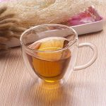 Tasse à café en verre isolé à double paroi en forme de coeur transparent SimpleMfD en forme de cœur avec poignée pour boire à froid ou à chaud de la marque SimpleMfD image 2 produit
